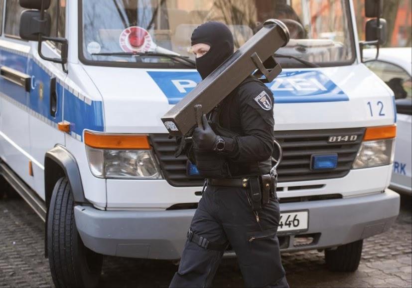Γερμανία: Μεγάλη επιχείρηση της αστυνομίας για ισλαμιστική οργάνωση