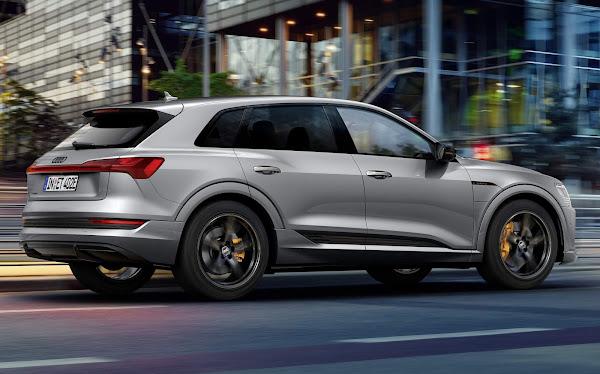 Audi e-tron 2022 Black Edition - vista traseira