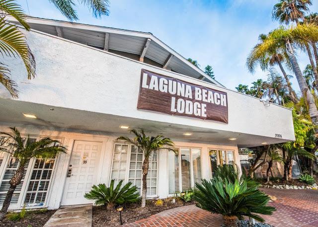 HOTEL LAUNA BEACH A MBODIENE : Hôtel, restaurant, plage, bar, buffet, plat, cuisine, séminaire, LEUKSENEGAL, Dakar, Sénégal, Afrique