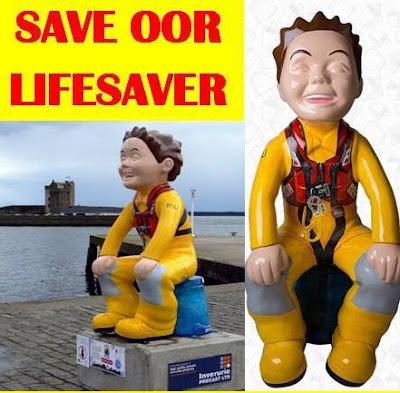 Oor Wullie Lifesaver, Pilot Pier Broughty Ferry Summer 2016