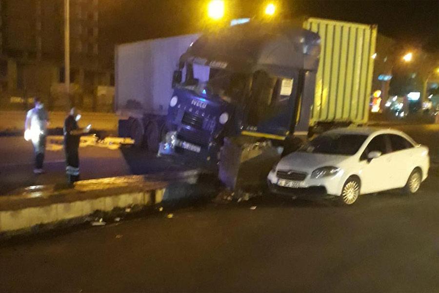 Diyarbakır'da 3. Oto Sanayi girişinde kaza: 1 yaralı