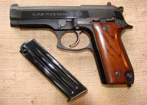 Pistola Taurus PT-57 e suas Variações
