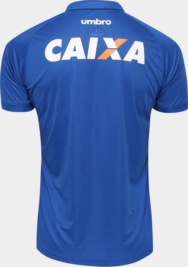 36b4d722b0 A camisa reserva é totalmente branca apenas com um detalhe em azul na gola.