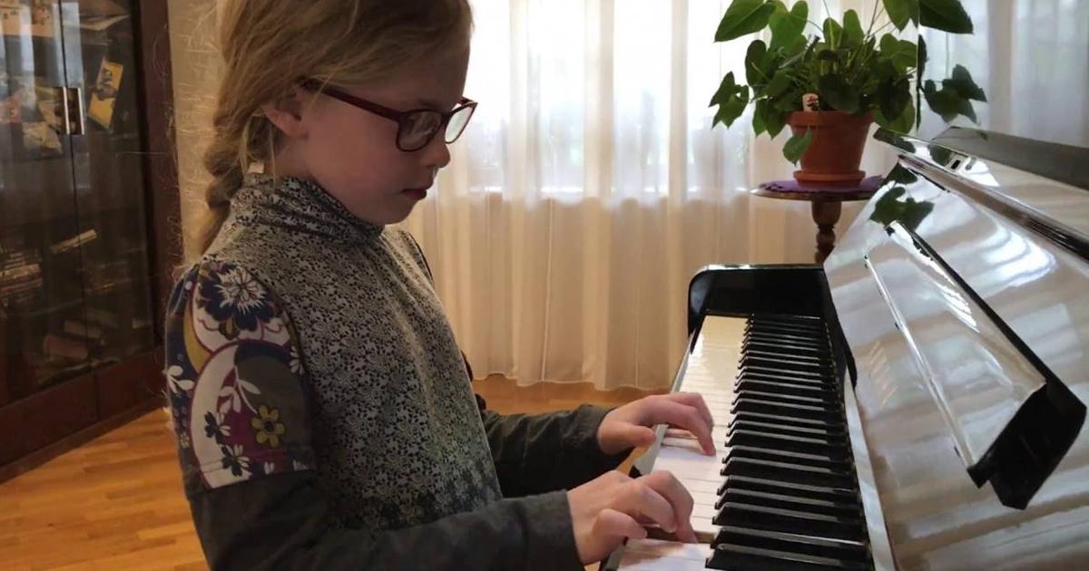 Bán Đàn Piano Yamaha U1 Cũ Nhập Trực Tiếp Chính Hãng 100%