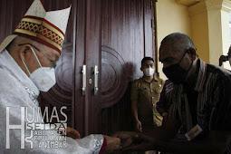 Petrus Canisius Mandagi Resmikan Gedung Gereja St. Yoseph Lamdesar Timur