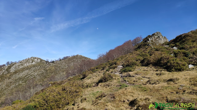 De camino al Pico Cunio