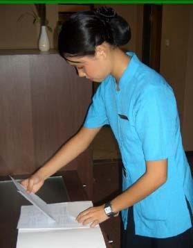 modell hirdetmény keresés housekeeper)