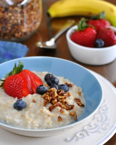 How to transform your morning oatmeal, half steel-cut oats and half old-fashioned rolled oats. Great texture, Weight Watchers PointsPlus 3. KitchenParade.com