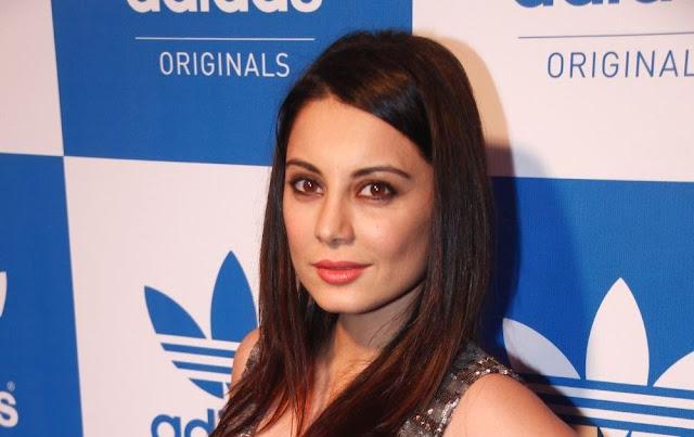 Beautiful Actress Minissha Lamba Latest Hot Stills At Event Navel Queens