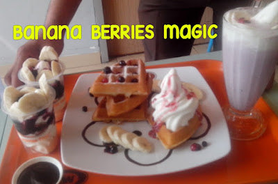 Nikmati 3 Menu Banana Berries Magic Yang Lezat Ini di A&W Restoran