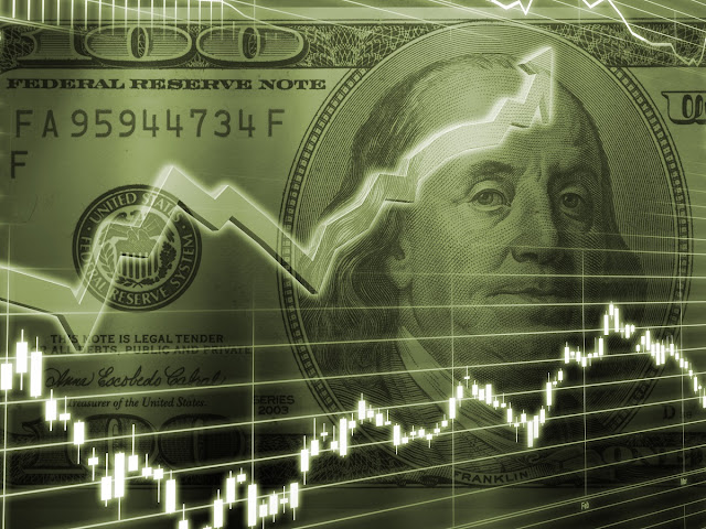 ¿Qué pasará con el dólar, subirá o bajará?