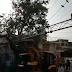 तेज अंधड़ से रामलीला मैदान में लगे सीसीटीवी कैमरों का टाॅवर नीचे गिरा, बड़ा हादसा होने टला