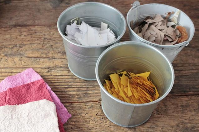 come-fare-fogli-carta-riciclata-materiale