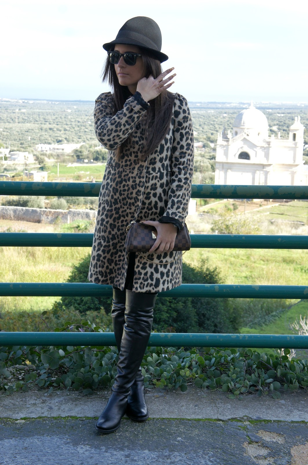 Leopard coat Inside Me