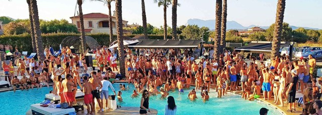san-teodoro-vgmania-pool-party-poracci-in-viaggio