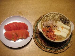 みそキムチ鍋 冷やしトマト