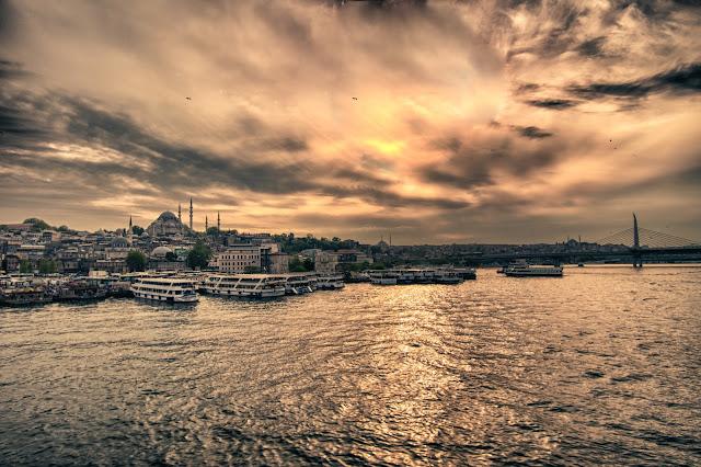 Tramonto dal Ponte di Galata-Istanbul
