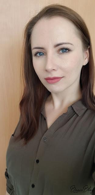 Deborah Fluid Velvet Mat Lipstick 02