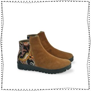sepatu boot fashion wanita