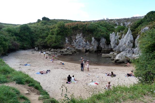Playa de Gulpiyuri - Monumento Natural