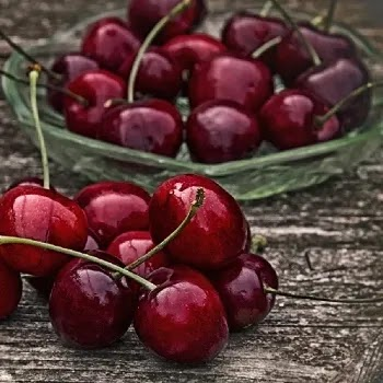 चेरी, Cherry fruits name in Marathi