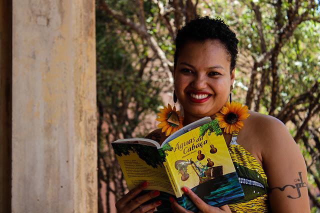 Escritora Elizandra Souza realiza rodas de conversa nas Fábricas de Cultura