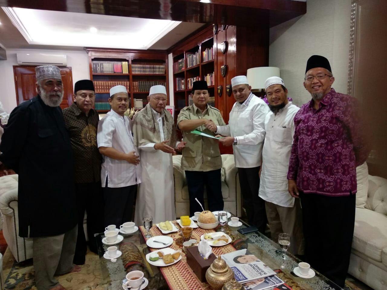 GNPF Ulama Serahkan Rekomendasi Capres-Cawapres ke Prabowo Subianto dan Habib Salim