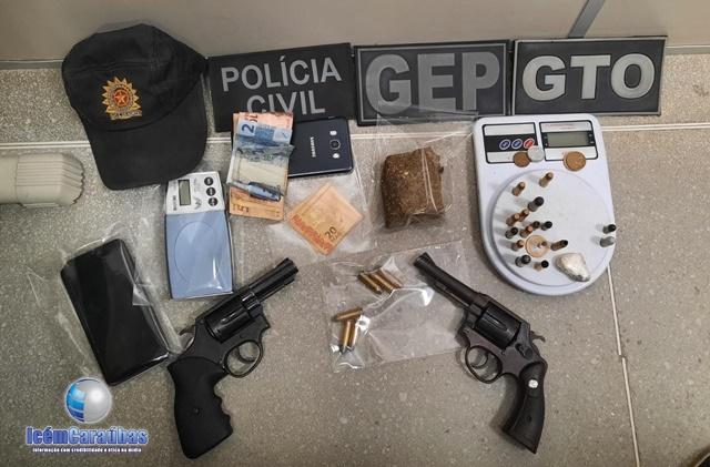 Polícia deflagra operação e prende dois homens por posse de arma fogo e investigados por tráfico de drogas em Caraúbas