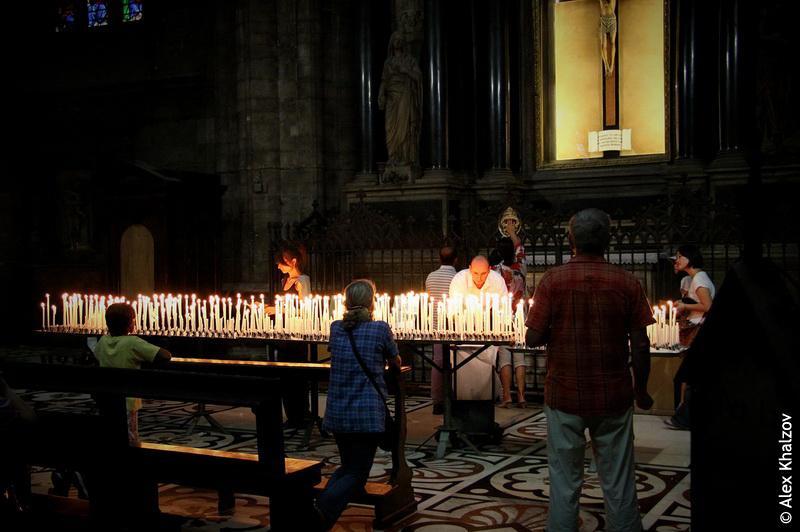 Свечи в Дуомо