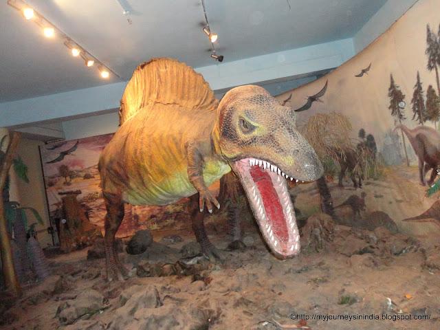 Dinosaur Corner at Vishveshwaraya Science Museum