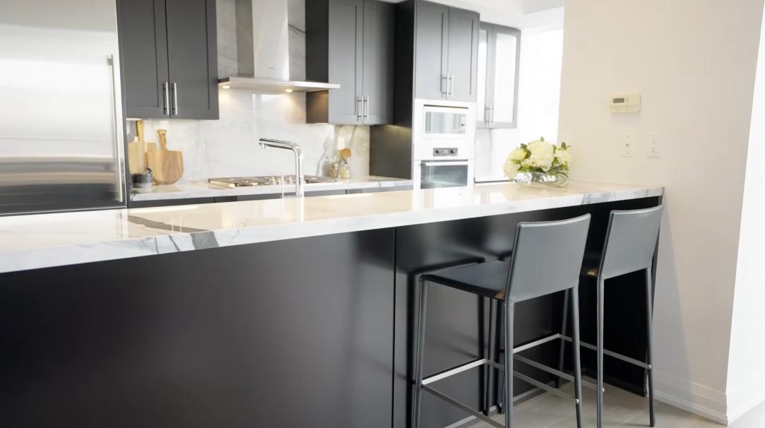 27 Interior Design Photos vs. 1 Bedford Rd #808, Toronto, ON Luxury Condo Tour