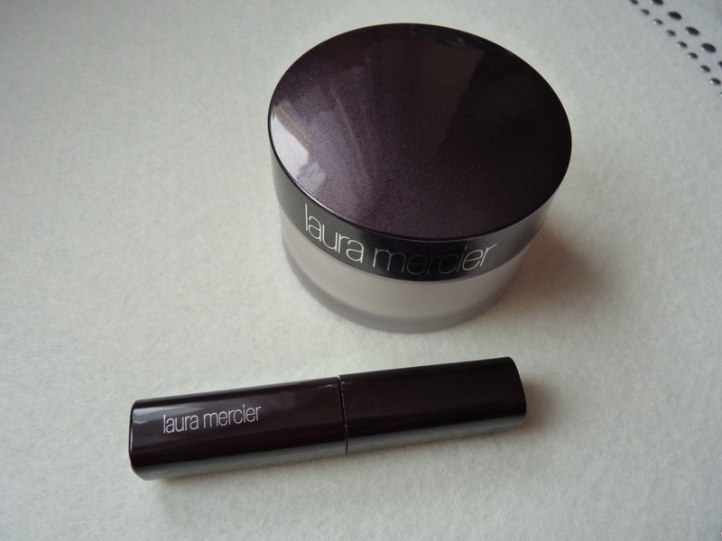 Laura Mercier Full Blown Volume Supreme Mascara / test miniatury