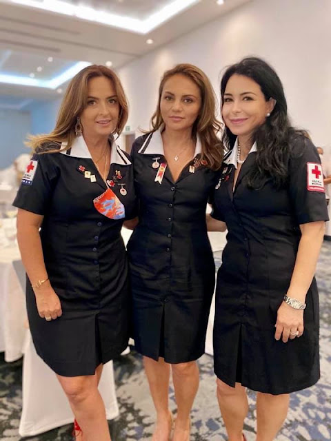 Claudia Navarro, Jennifer Lavalle y Lydia Portilla.