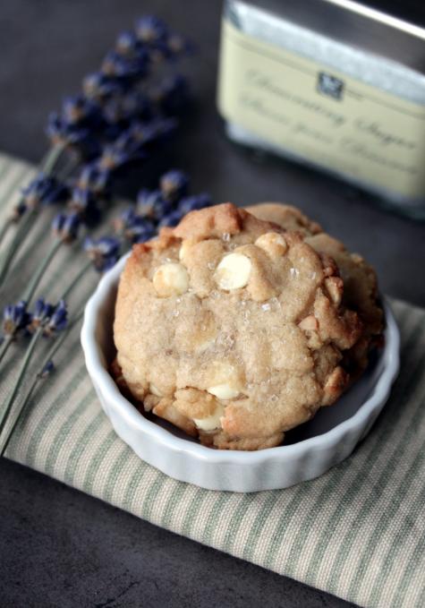 Macadamia Cookies