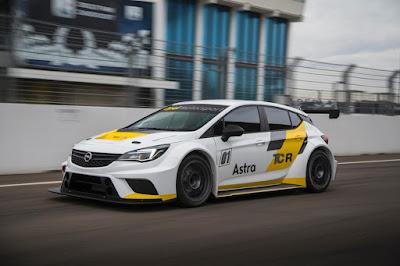 Αγωνιστική πρεμιέρα για το Opel Astra TCR στον Περσικό Κόλπο