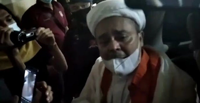 Kabar dari Aziz Yanuar, Malam-malam Habib Rizieq Didatangi Sekumpulan Jaksa Disuruh Tandatangan