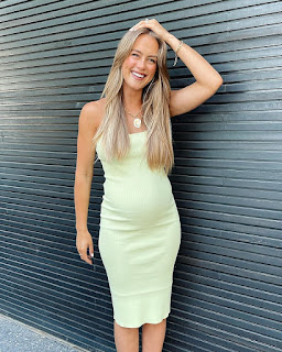 Stephanie Claire Smith Pics
