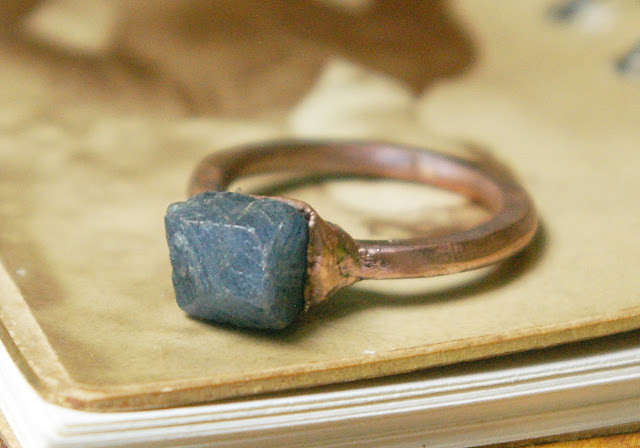 https://www.etsy.com/ca/listing/621723924/raw-sapphire-ring-blue-rough-stone