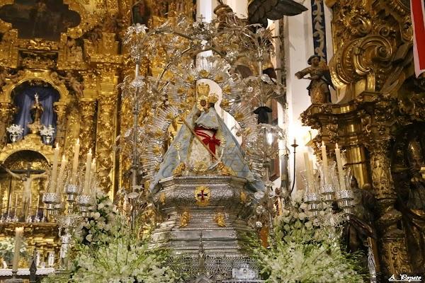 La Cofradía de la Virgen de la Cabeza de Córdoba celebrará su tradicional rosario de la aurora en el interior de la parroquia de San Francisco