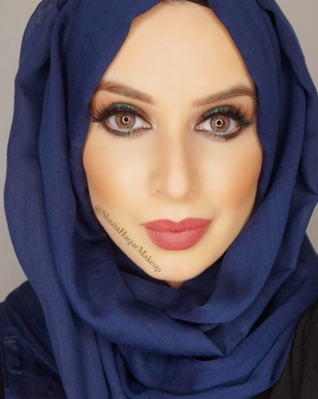 Safiyah Tasneem Fff Dramatic Green Arabic Makeup Look