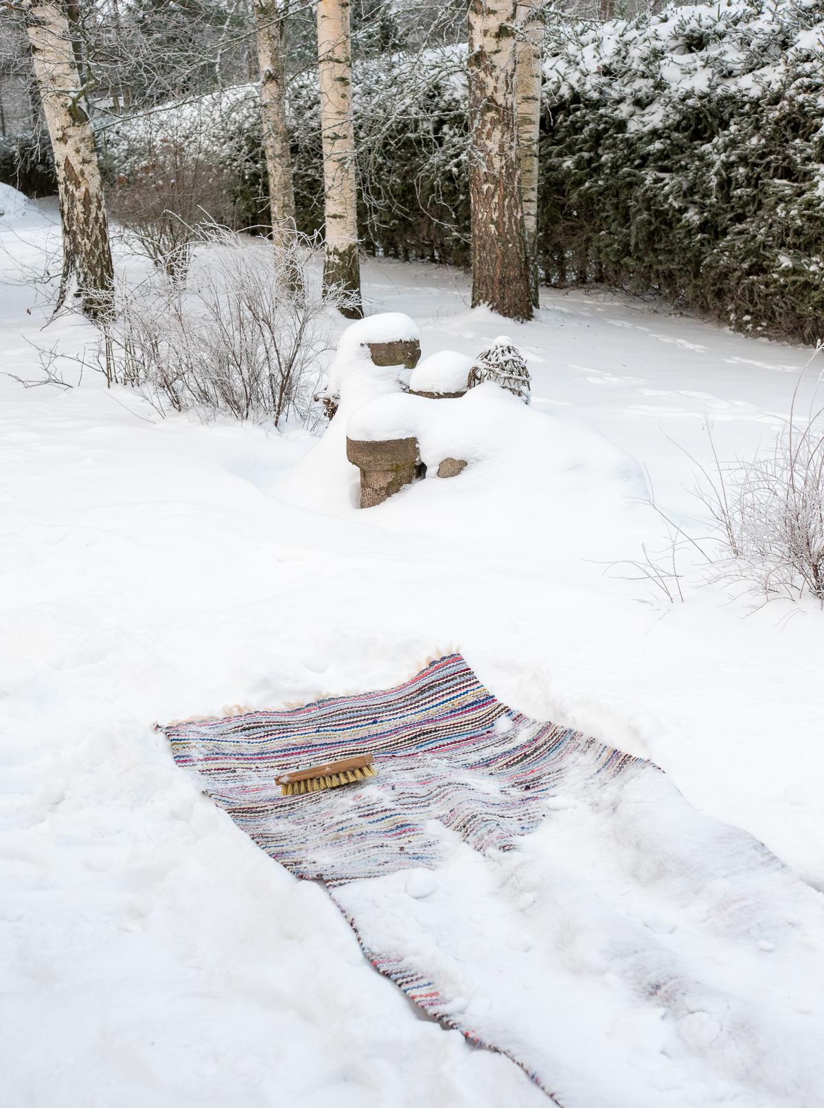 mattojen lumipesu