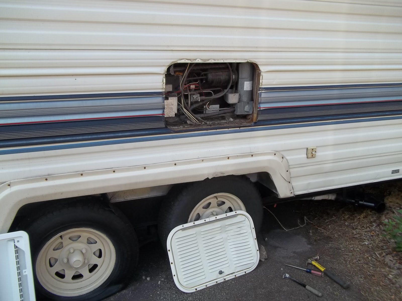 Our Life RV FullTimers: Replacing an access door