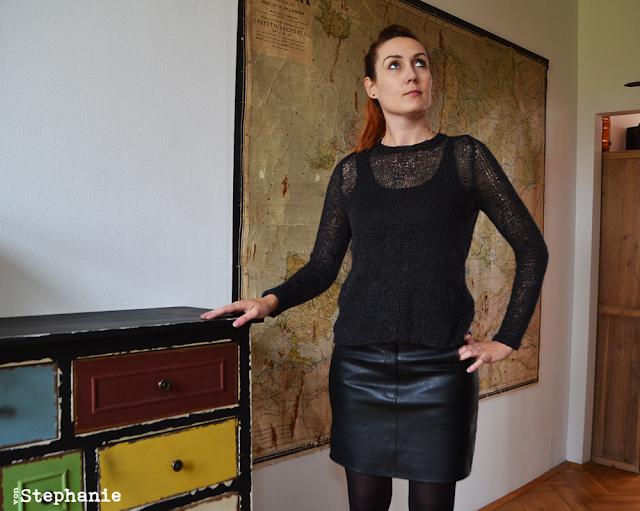 Leinenpullover und Kunstlederrock | vonStephanie.at