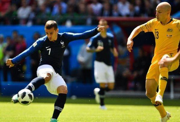 ضمن الجولة الأولى من منافسات المجموعة الثالثة, فوز فرنسا على أستراليا 2-1.فيديو