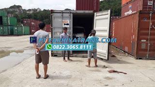 Kirim mobil Toyota Avanza dari Jayapura Papua tujuan ke Surabaya port to port dengan kapal cargo, estimasi pengiriman 6 hari.