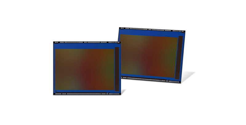 Samsung releases the very first 0.7μm-pixel camera for slim full-display phones!