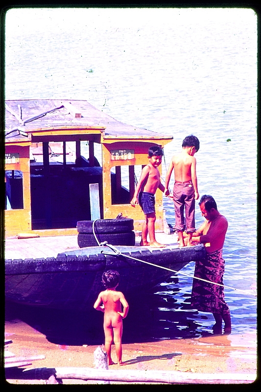 Found Slides, The Idyllic Life 01
