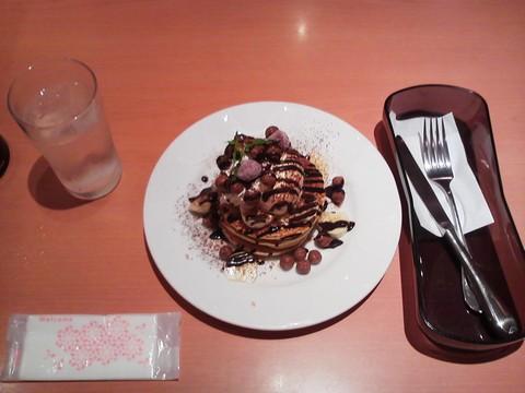 バースデーパンケーキ¥0-3 デニーズ守山店