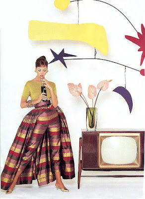 1950s glamourous dressing for watching the television
