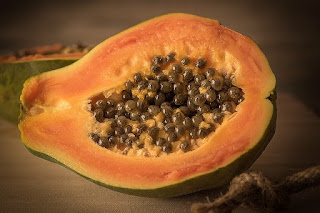 Papaya home remedy for pimple and acne
